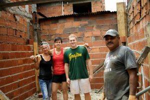 volunteer construction Rio
