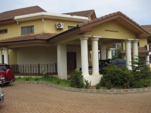 Ghana accommodation pic