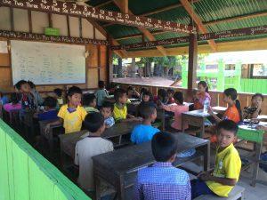 volunteer teach Cambodia