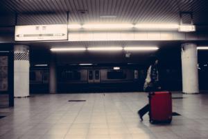 suitcase_platform