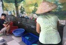 Food shop volunteer vietnam 1