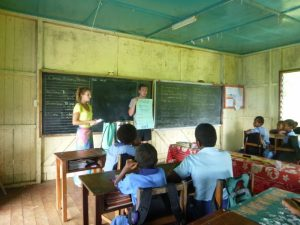 Fiji teaching volunteer