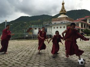teach buddhist monks nepal 1