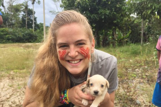 Emily Dryden volunteer in ecuador