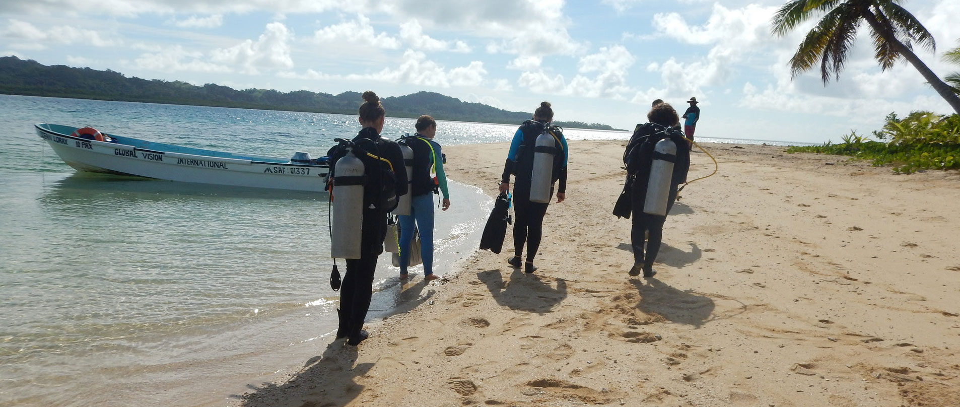 Divemaster-Internship-in-Fiji-and-Thailand