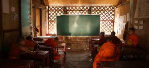 Laos-Teaching-monks